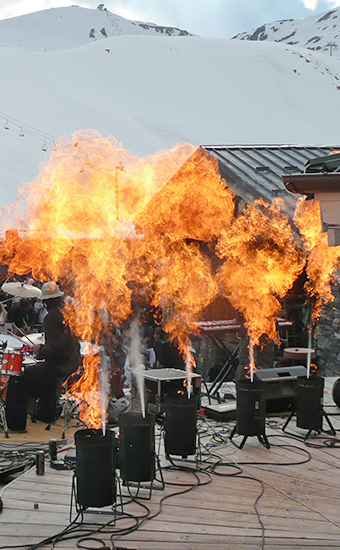 FEUX & FLAMMES